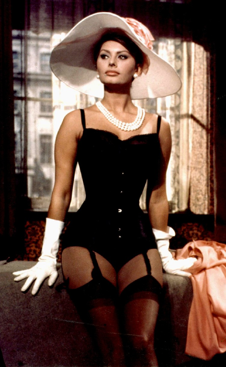 Sophia Loren in the day. Ladies, take notes.