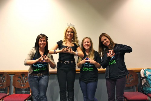 Posing with Miss America. TSM.