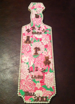 Lilly and Pearls. It is the perfect paddle. TSM.