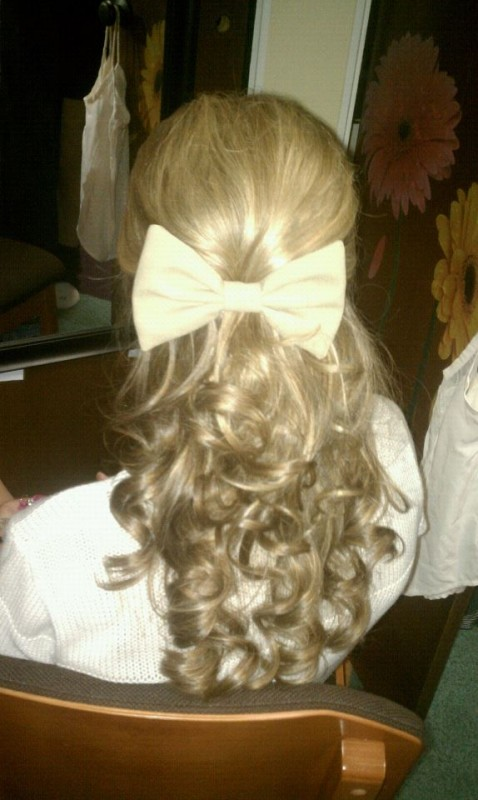 Curls and bows, something every sorority girl knows. TSM.