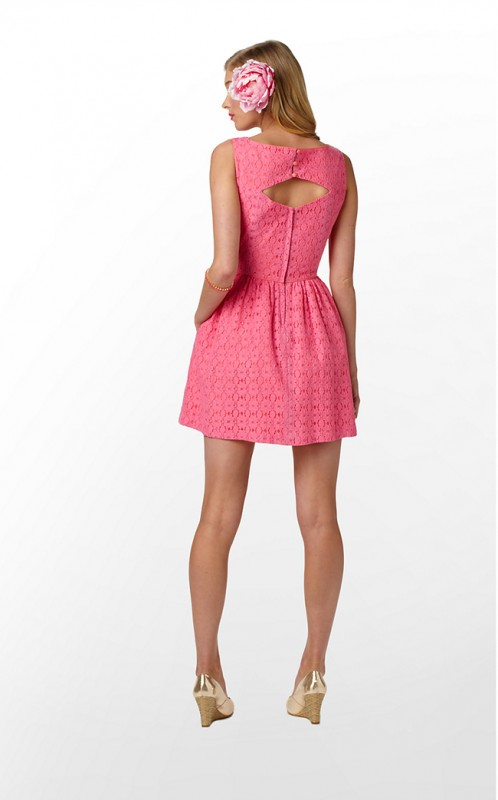 Lilly knew what she was doing when she designed this dress with a diamond cut-out. TSM.