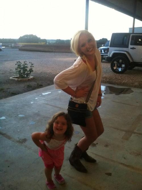 Teaching your favorite little girls the sorority pose. TSM.