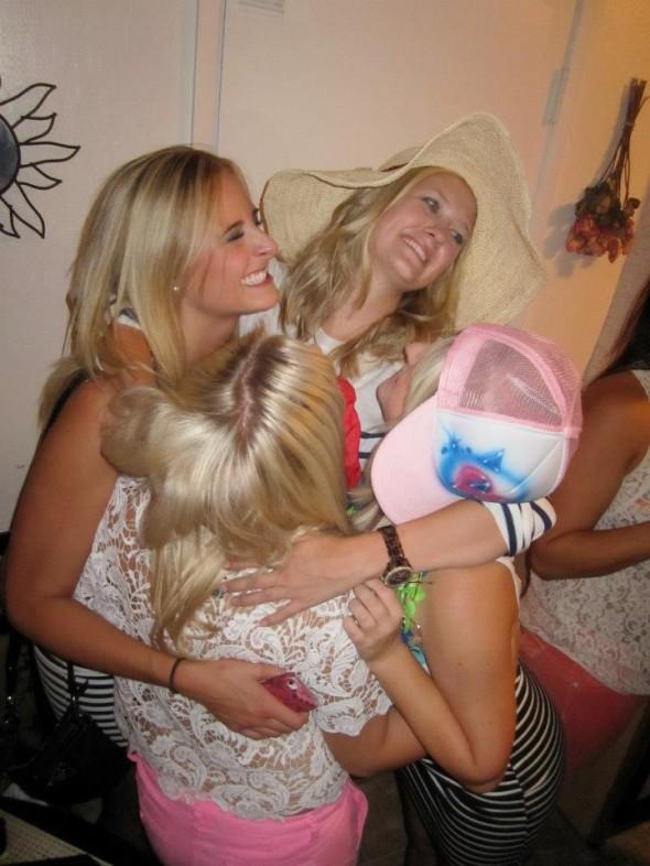 The Blonde family. TSM.