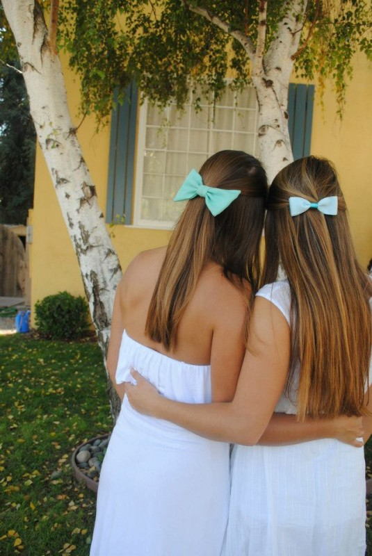 Tiffany blue bows. TSM.