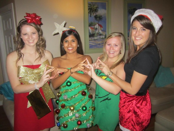 All I want for Christmas are my roomies/sisters back. TSM.