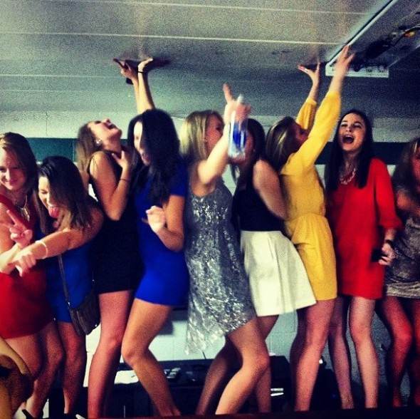 You can never fit too many girls on one table. TSM.