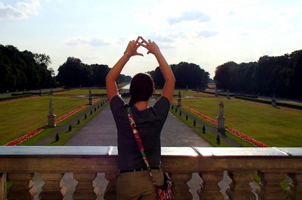 Throwing what you know from a castle balcony in Munich. TSM.