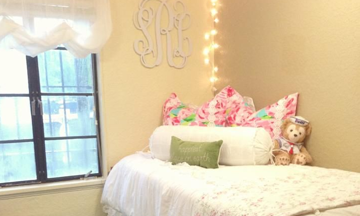 Total Sorority Move | What Youu0027ll Learn About Yourself When You Live By  Yourself