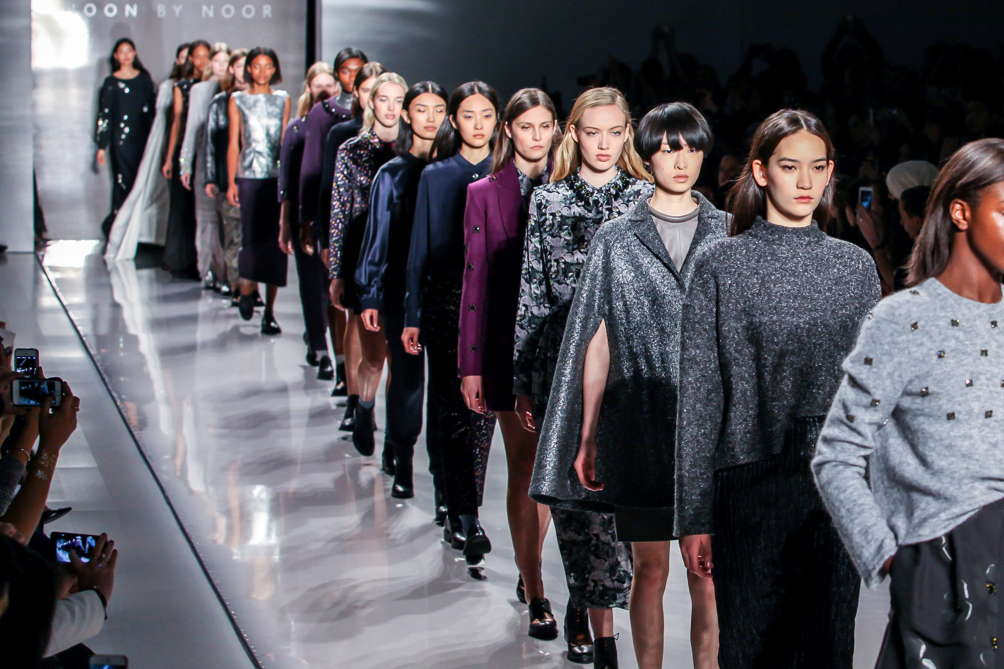 44 Thoughts You Have While Watching New York Fashion Week