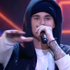 Justin Bieber Stops Song To Tell Crowd When To Clap -- Is Still Likeable