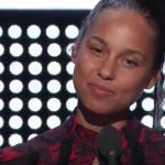Alicia Keys Didn't Wear Any Makeup To The VMAs