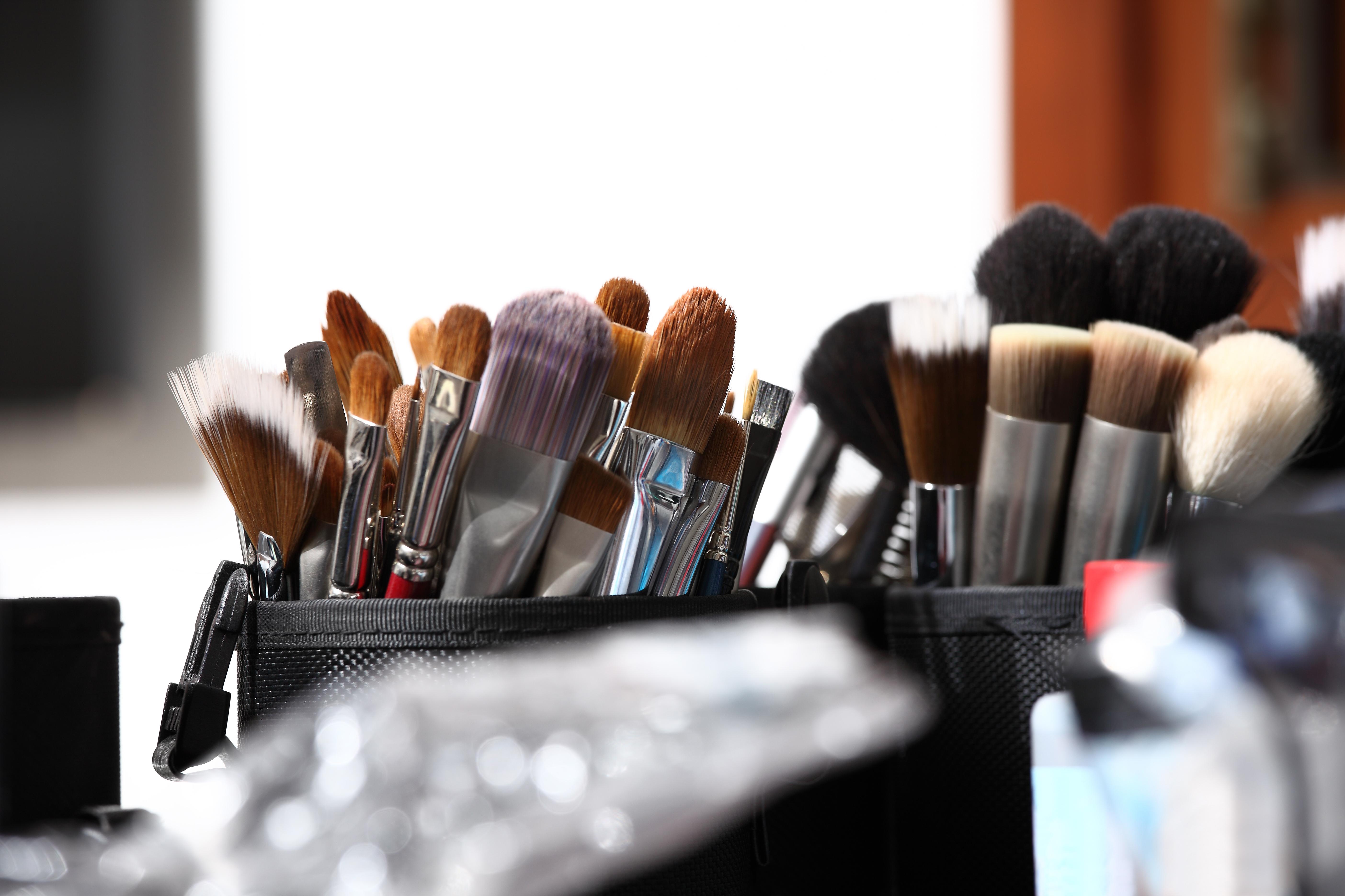 Signs You're A Makeup Addict