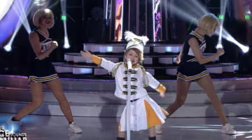 7-Year-Old Girl's Taylor Swift Impression Is So Scary Good I'm Worried She's A Clone