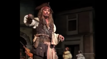 Johnny Depp Just Randomly Showed Up At Disney Dressed As Jack Sparrow (Video)