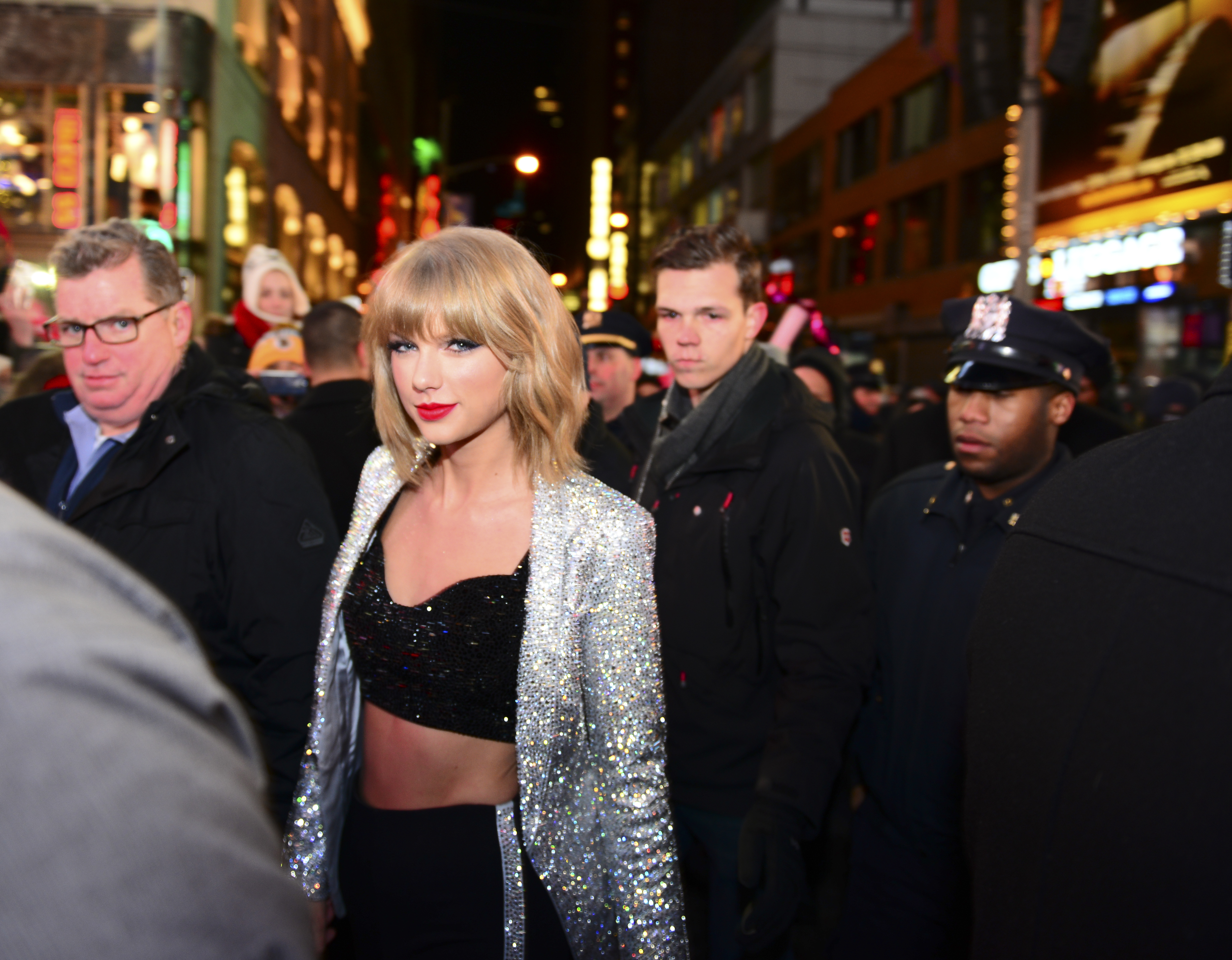 I've Decided: I'm Team Taylor, As Long As She Continues To Be Petty
