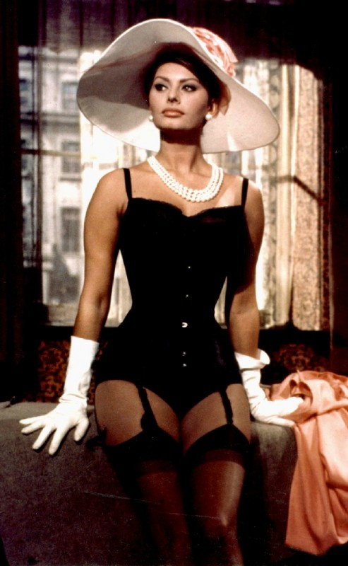 Sophia Loren in the day. Ladies, take notes.