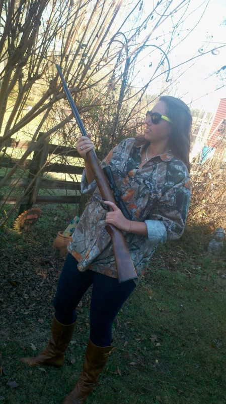 Shooting guns in pearls, Yurman, Tiffany's, and Burberry. TSM.