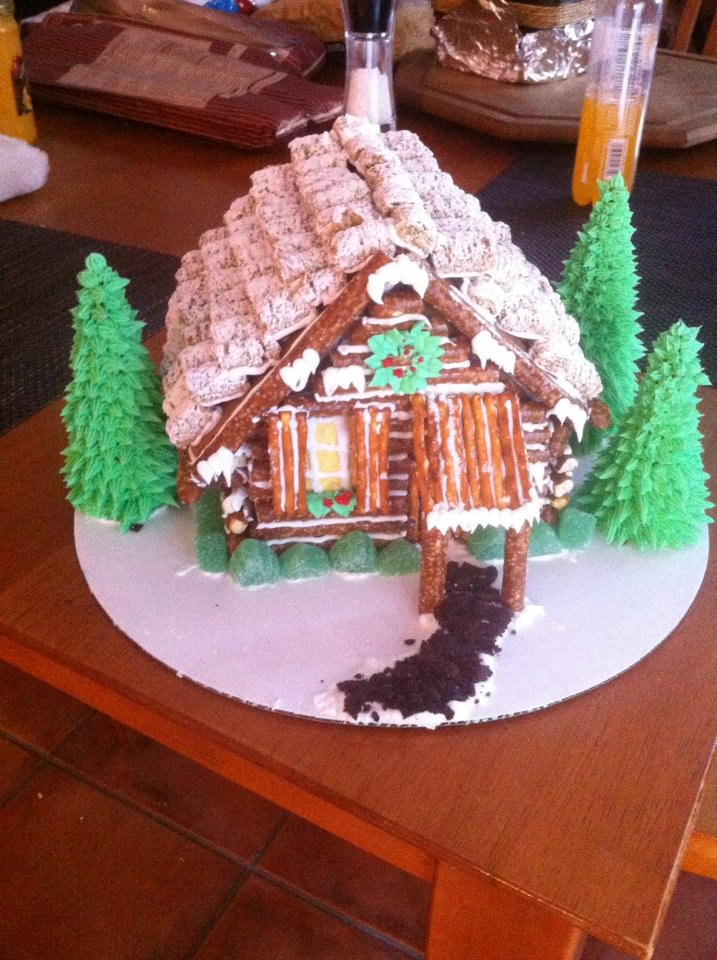 Log Cabin Gingerbread House. Merry Christmas Eve!