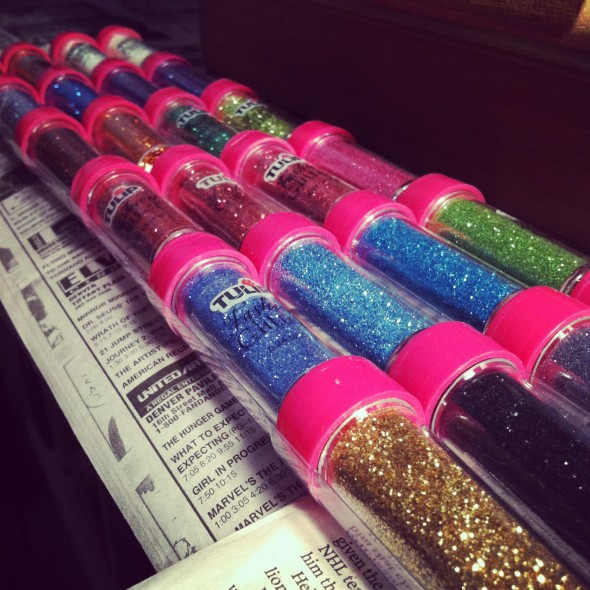 A girl can never have too much glitter. TSM.