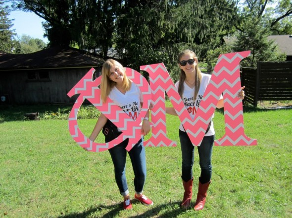 There's nothing like spending Bid Day with your twin/pledge class sister/best friend. TSM.