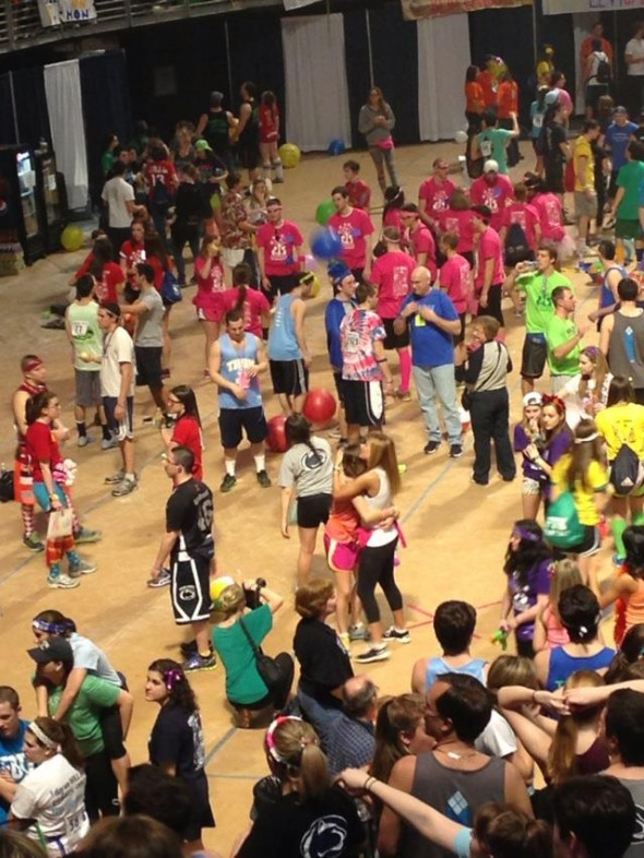 Supporting your best friend/big during the 46-hour dance marathon FTK! TSM.