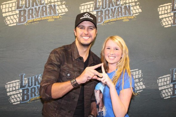 Throwin' what you know with Luke Bryan. TSM.