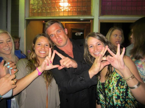 Throwing your letters with your favorite OC crush...and dreaming you're Marissa Cooper. TSM.