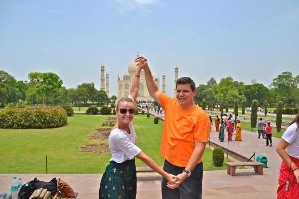 Kiting the Taj Mahal. TSM.