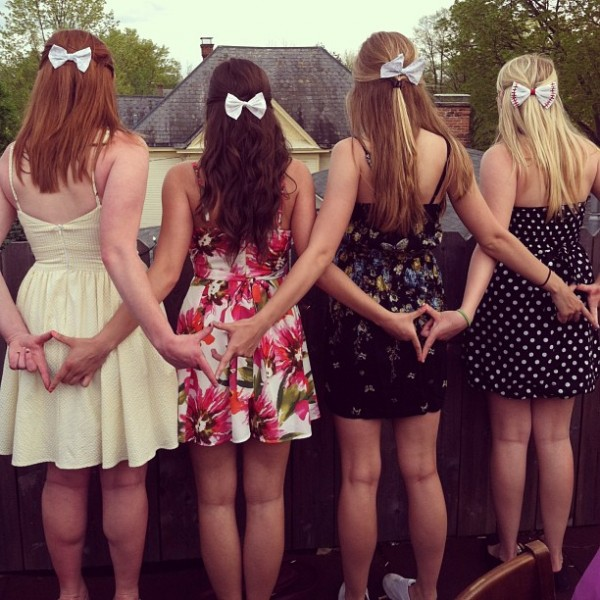 Sundresses and hair bows. TSM.