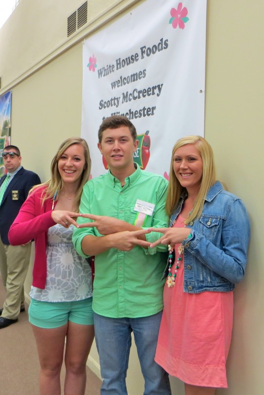 Throwing what you know with Scotty McCreery. TSM.