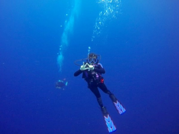 KD in the deep blue sea in Roatan, Honduras. TSM.