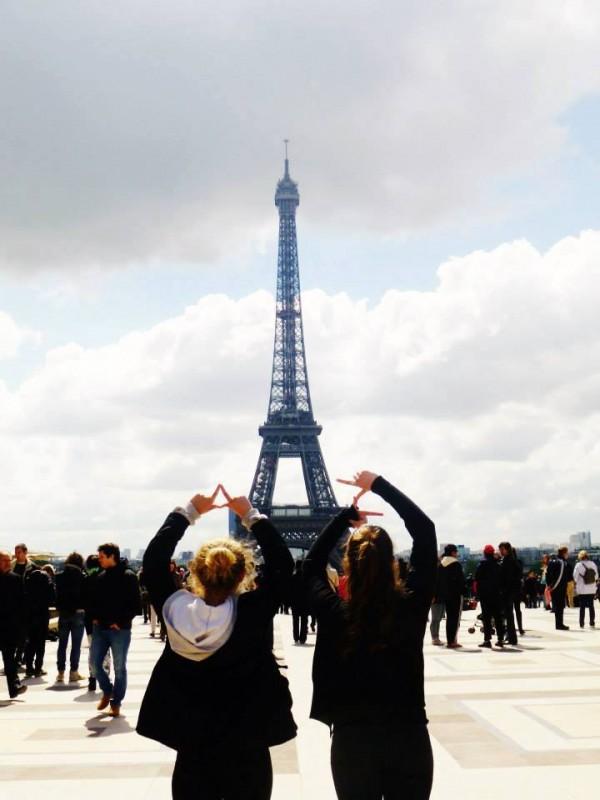 Penn State's Delta Zeta in Paris! TSM.