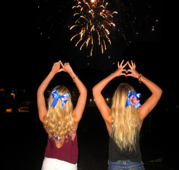 I love being a twin, a Sigma Kappa, and an American. TSM.