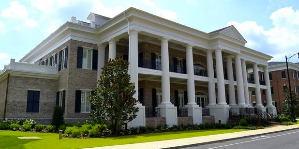 Total Sorority Move Alabama S Upgraded Sorority Row