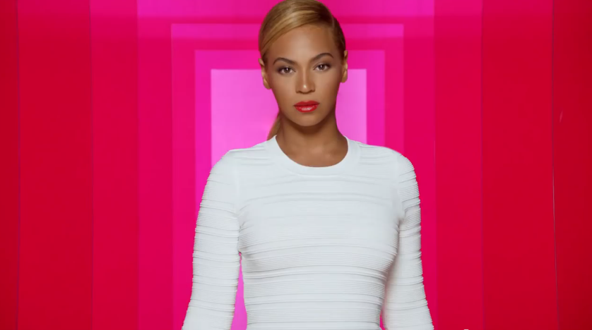 HOLD THE PHONE Someone Leaked Beyonce's Unretouched Photos And You Won't Believe Your Eyes