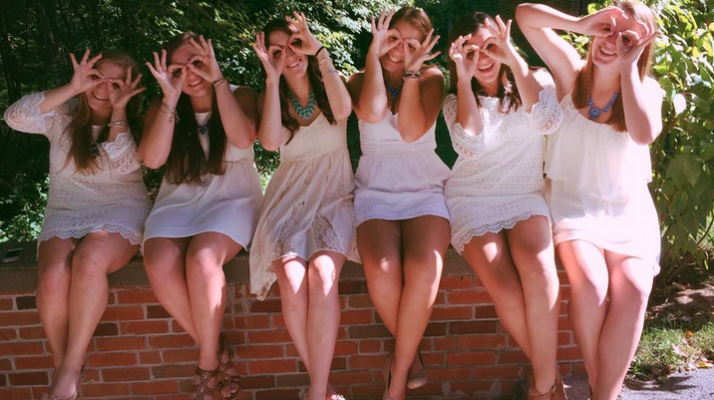 Total Sorority Move | The Funny Girls Guide To Taking A