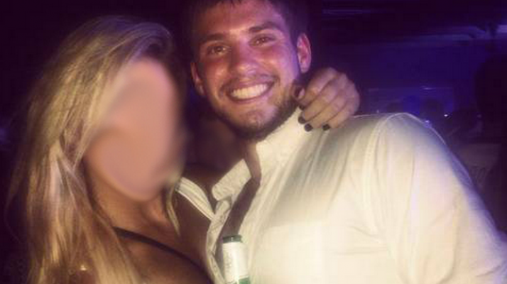 Total Sorority Move   Seemingly Normal Frat Guy Puts Out ...