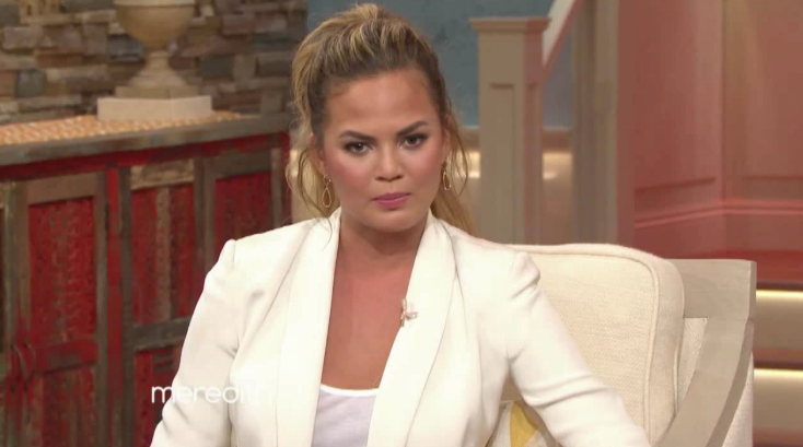 Chrissy Teigen Is Never Photoshopping Her Photos Again