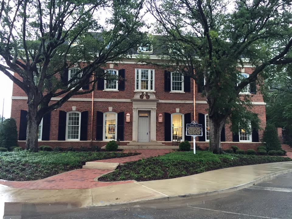 Total sorority move kd s new house at university of for Best looking houses