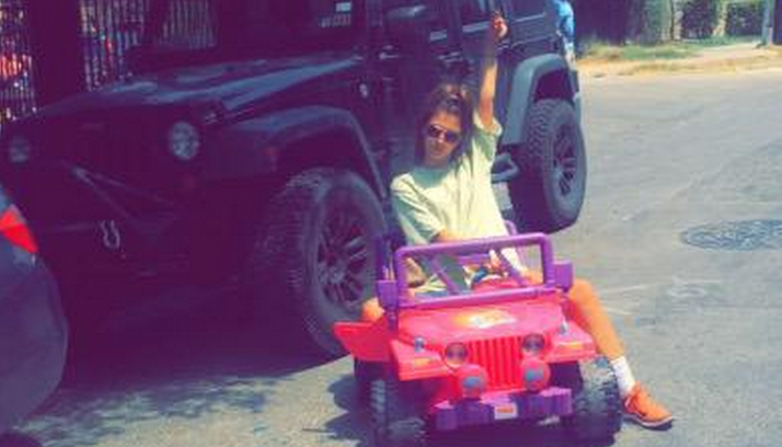 Barbie Jeep Girl