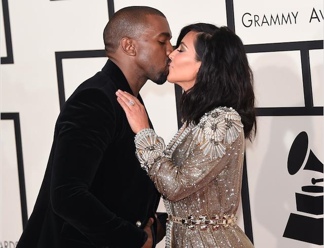 Kim Kardashian Kanye West Kiss