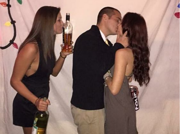 couple kissing single girl kissing bottle