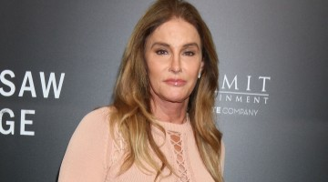 Caitlyn Jenner Has Her Own MAC Cosmetics Line, WTF?