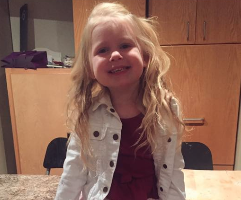 Hot Dad Has The Cutest Reason For Taking His 3-Year-Old Daughter On A Date Every Month