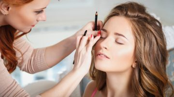 How To Put On Makeup If You Absolutely Hate Putting On Makeup